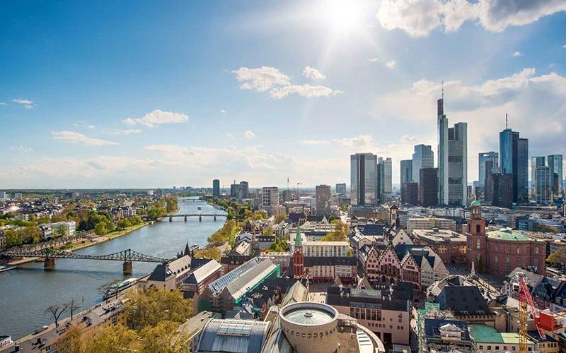 Cidades da europa e seguro viagem