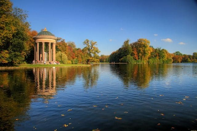 Lago em Munique