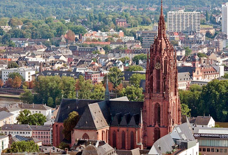 Vista da Catedral de Frankfurt