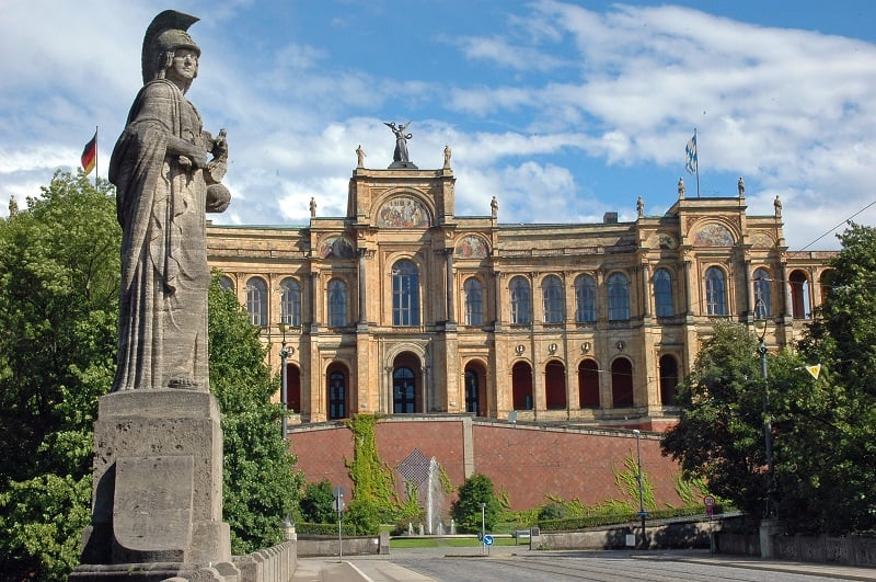 História do Edifício Maximilianeum