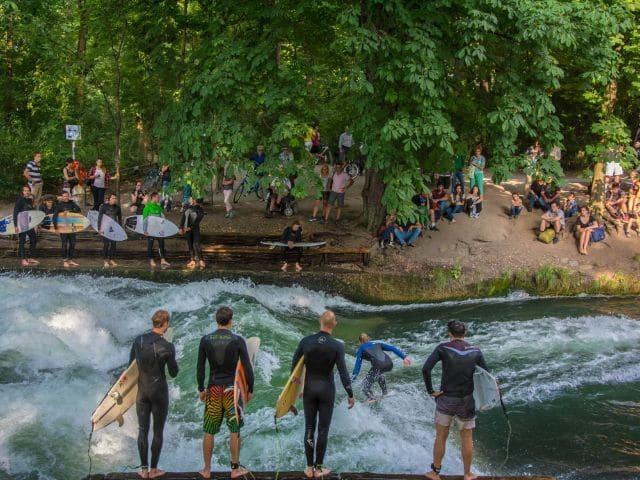 Surf no Englischer Garten