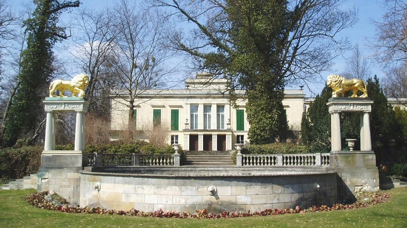 Schloss Klein-Glienicke em Berlim
