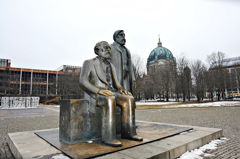 Marx-Engels-Forum em Berlim
