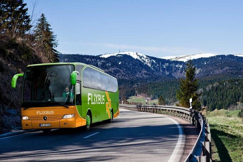 De ônibus de Colônia a Berlim