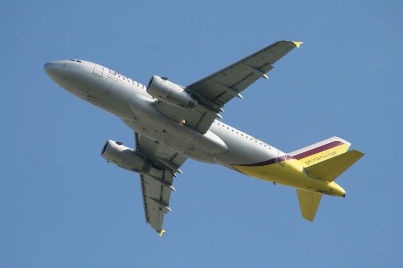 De avião de Berlim até Hamburgo