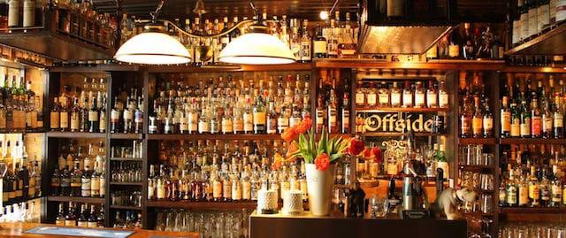 Passeio pelos pubs típicos de Berlim