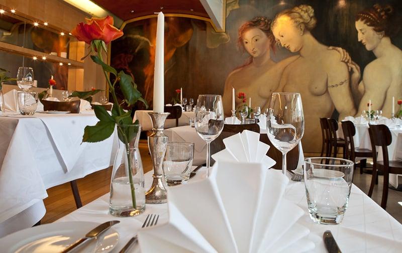 Garçons em restaurantes na Alemanha