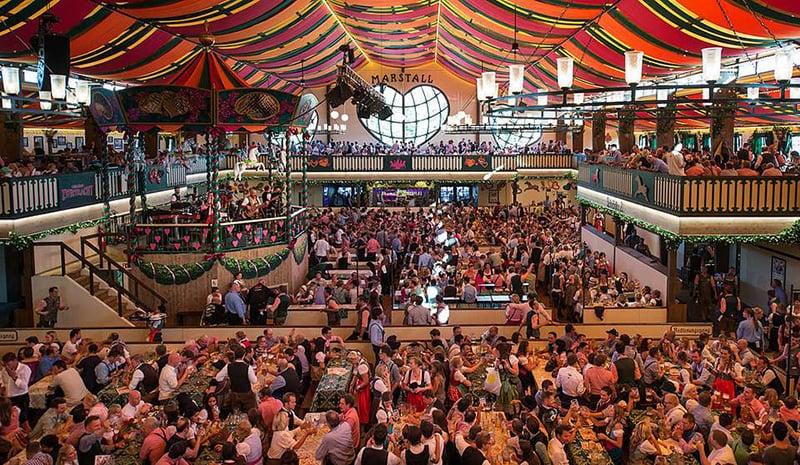 Onde se hospedar na Oktoberfest na Alemanha