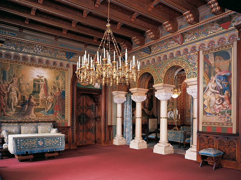 Salão no interior do Castelo Neuschwanstein na cidade de Füssen