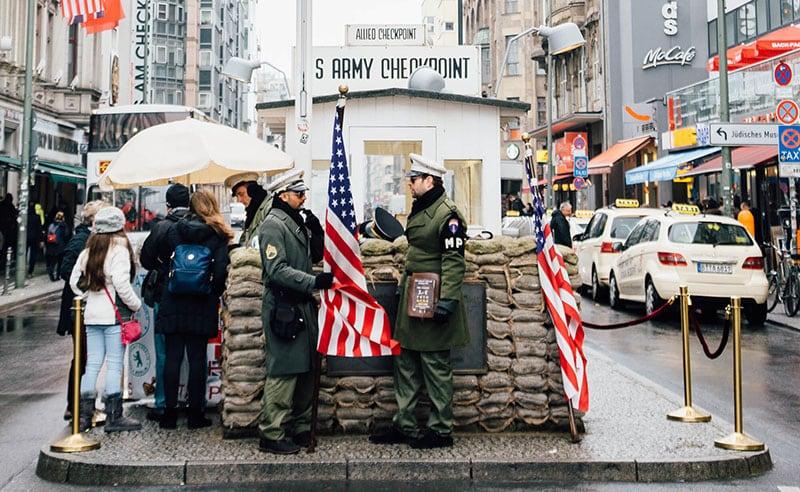 Museu de Checkpoint Charlie em Berlim