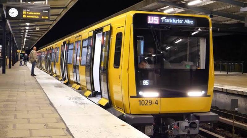 Metrô (U-Bahn) em Berlim