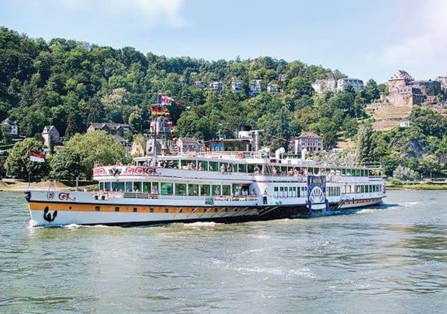 Passeio de barco por Frankfurt