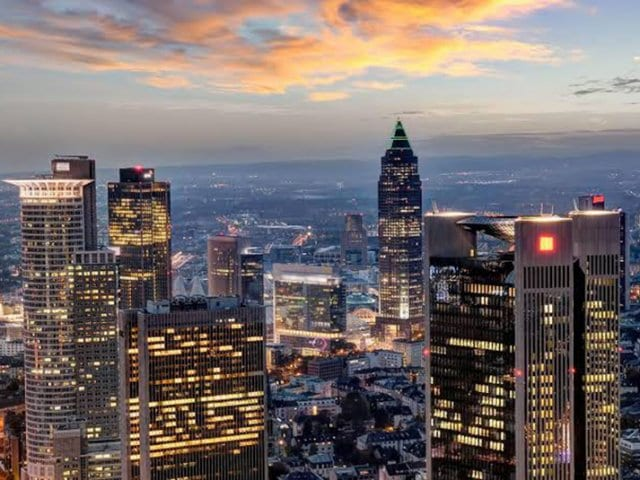 Como achar passagens aéreas muito baratas para Frankfurt