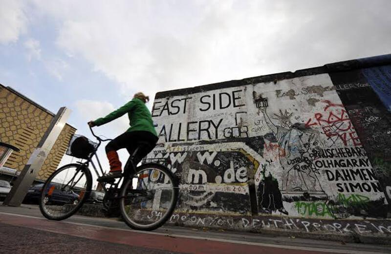 Bicicleta e o Muro de Berlim