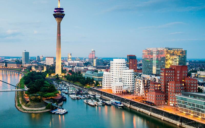 Vista da cidade de Düsseldorf na Alemanha