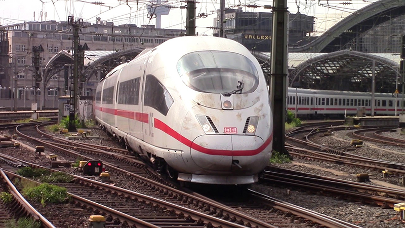 Trens em Colônia