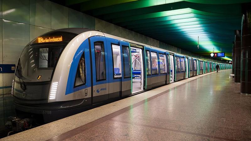 Moderno U-Bahn em Munique