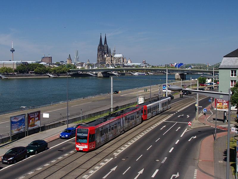 Como andar e se locomover em Colônia